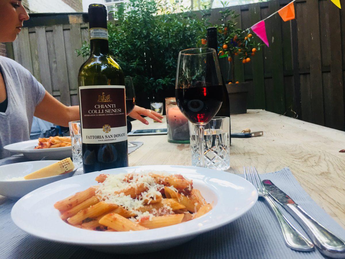 Wijnspijs: Pasta alla Norma met onze San Donato Chianti